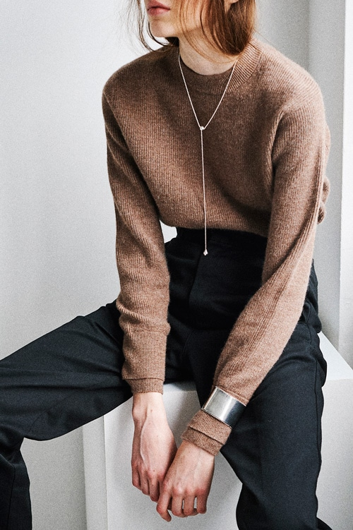 LAYER SLEEVE KNIT TOPS
