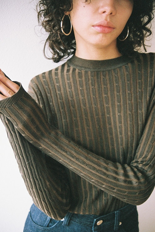HIGH GAUGE CABLE KNIT TOPS
