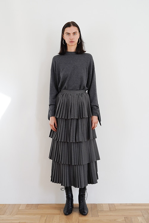 W FACE PLEATS SKIRT