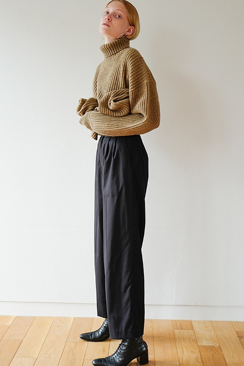 J/W LOOSE SLACKS PANTS