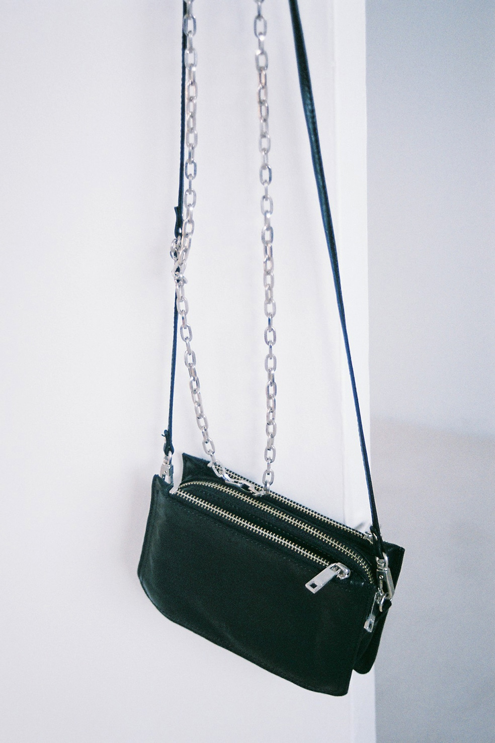 CHAIN 3POCKT BAG