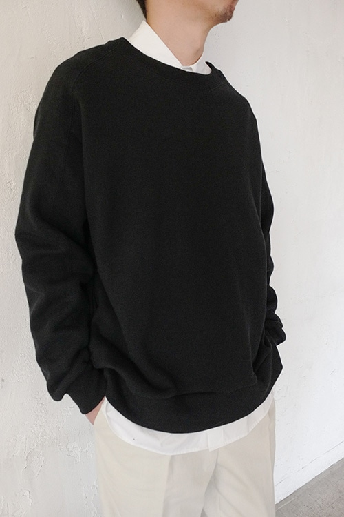 SHOULDER SEAM SWEAT TOPS