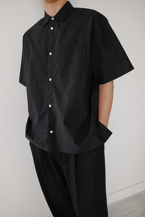 SIDE SLIT HALF SLEEVE SHIRT